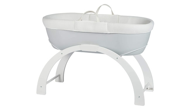 Shnuggle Dreami Moses Basket and Curve Rocking Stand