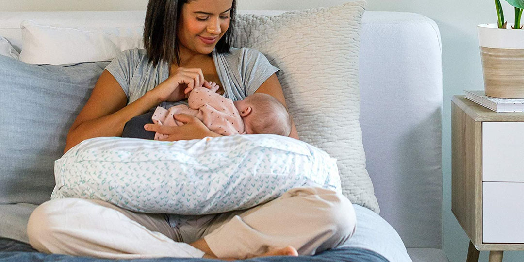 Best Tummy Time Pillows Banner Image