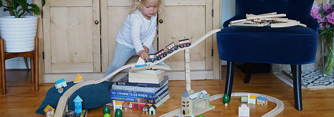 Best Wooden Toys Buyer Guide Image