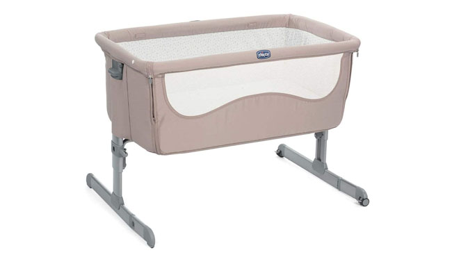 Chicco Next2Me Bedside baby Crib
